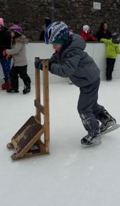 So einfach lernst mal Schlittschuhlaufen