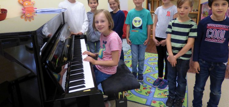 'Ein Klavier, ein Klavier!'